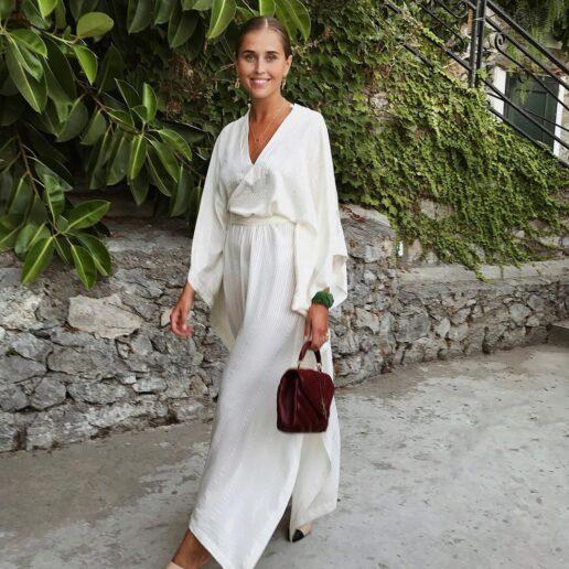 Λευκό φόρεμα: 8 low-budget κομμάτια για όλο το καλοκαίρι