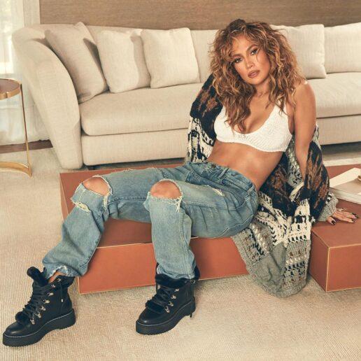 Οι 3 ασκήσεις που έχτισαν τους κοιλιακούς της Jennifer Lopez
