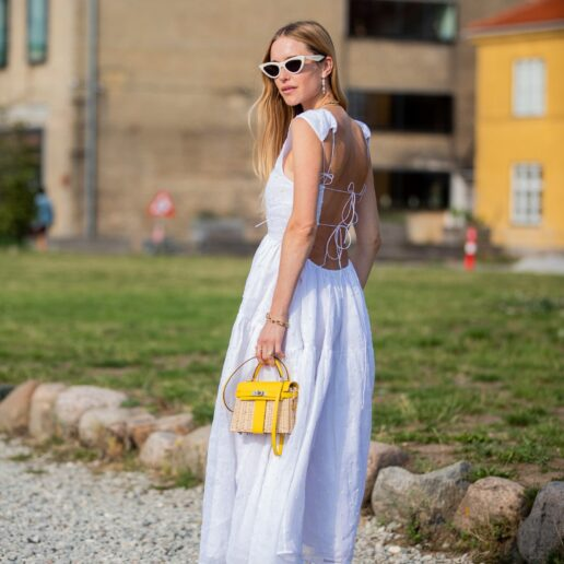 Backless φορέματα: To street style trend του καλοκαιριού