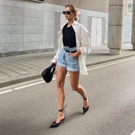 Λευκό oversized πουκάμισο: Πώς το φορούν τα it girls το καλοκαίρι;