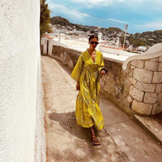 Bandana Dress: Αυτά είναι τα πιο 90s φορέματα του καλοκαιριού