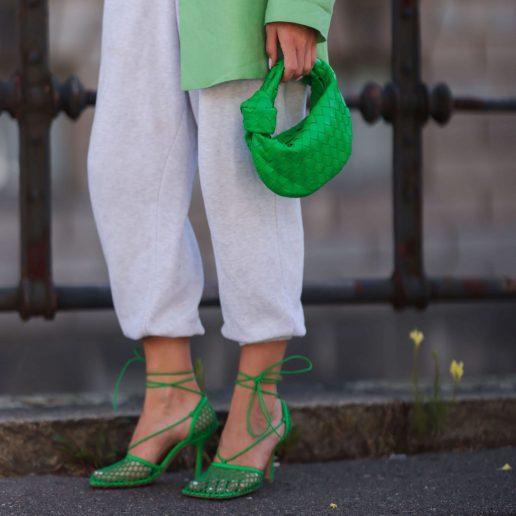 Τα πέδιλα που θα φορέσουμε περισσότερο το καλοκαίρι είναι πράσινα