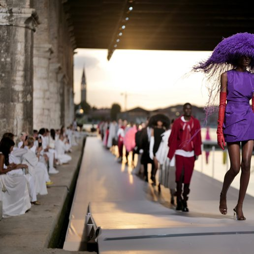 Valentino Couture AW21: Οι πιο μαγικές στιγμές από το show στη Βενετία