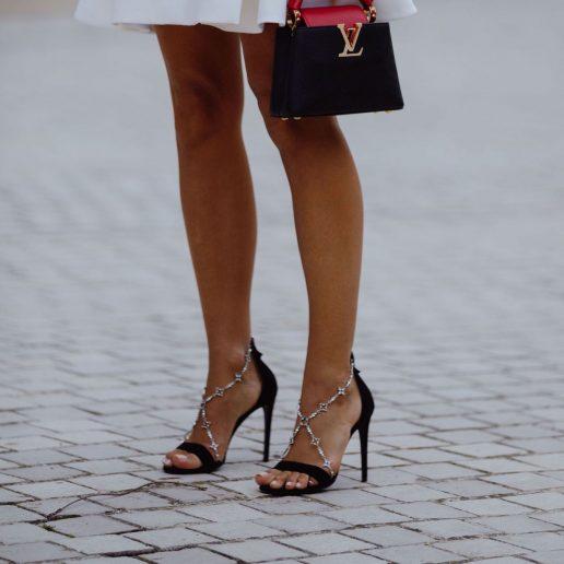 Φορέστε πέδιλα όπως οι street stylers: 5 must-try τρόποι