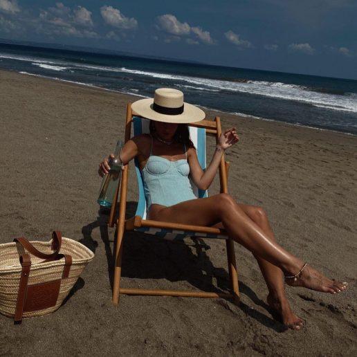 8 beach accessories για το τέλειο στυλ παραλίας