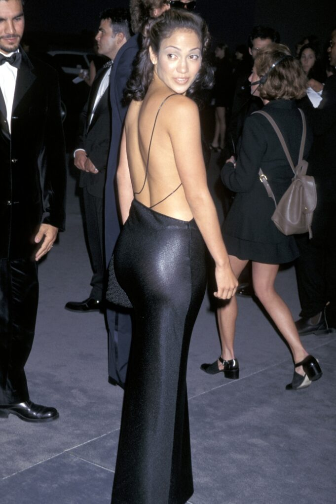 Jennifer Lopez: Οι πιο iconic εμφανίσεις της από τα 90s