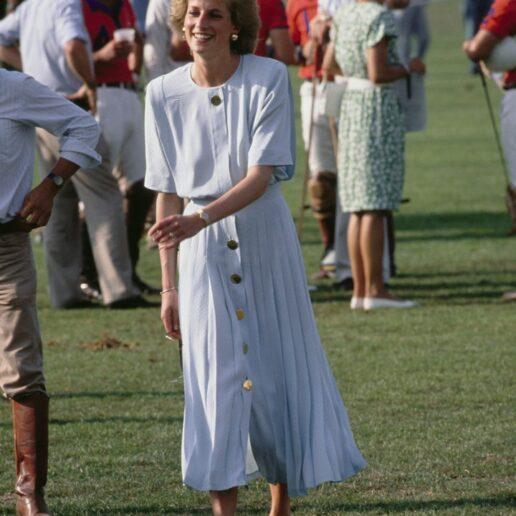 Πριγκίπισσα Νταϊάνα: Τα 10 πιο ωραία καλοκαιρινά της φορέματα