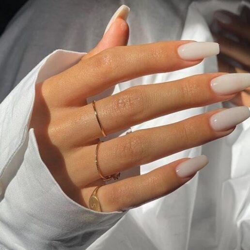 Last minute manicure: 7 καλοκαιρινές ιδέες για nail inspo
