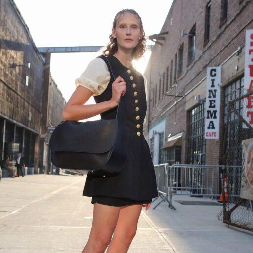 Κανείς δεν φορά το μαύρο χρώμα όπως οι New Yorkers