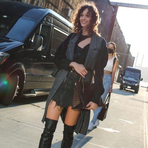 Εβδομάδα Μόδας Νέας Υόρκης: To street style επέστρεψε ορίζοντας το νέο sexy look