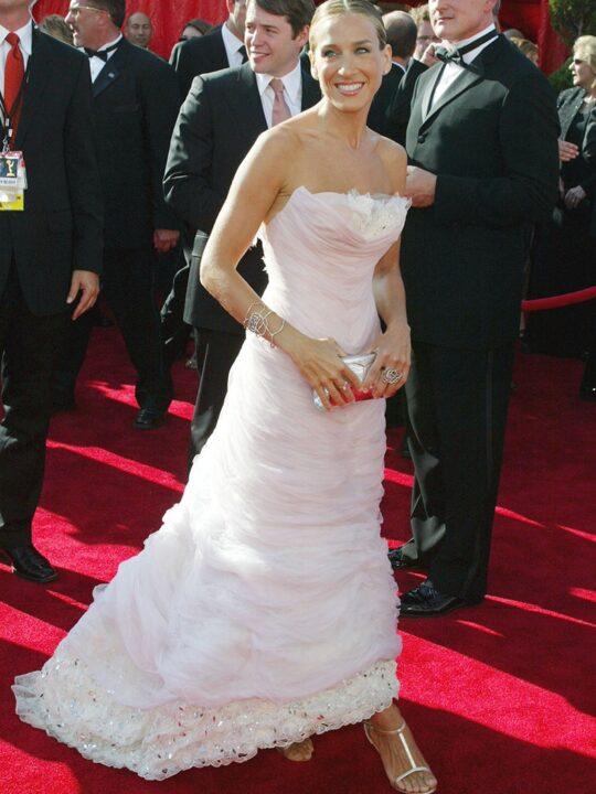Emmys: Τα ωραιότερα look στο κόκκινο χαλί