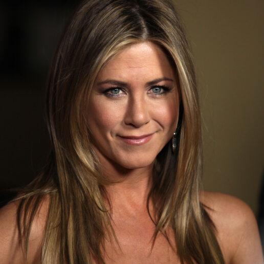 H Jennifer Aniston λανσάρει δική της σειρά ομορφιάς