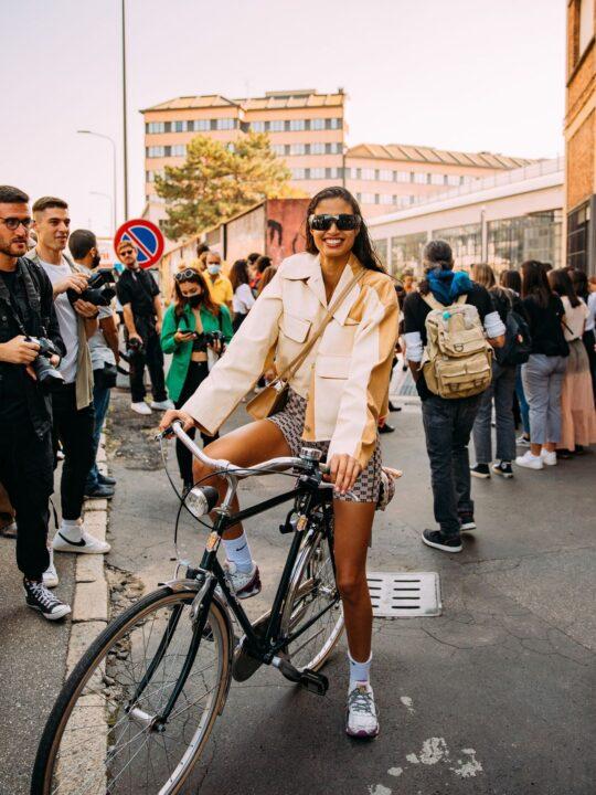 Sneakers: Όλα τα στυλ που είναι τάση τώρα