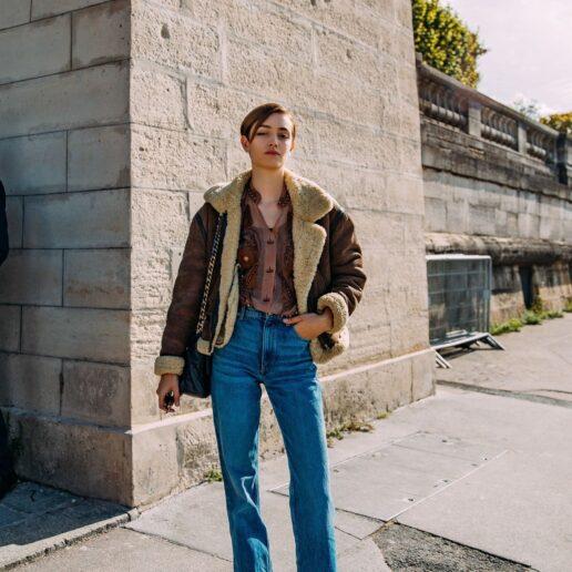 Vogue Guide: Tα τζιν παντελόνια που θα φορέσουμε το χειμώνα
