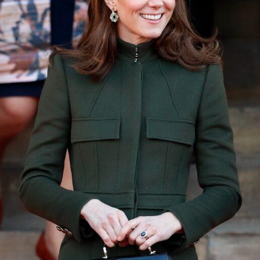 Η τσάντα που κρατούν και οι celebrities και οι royals