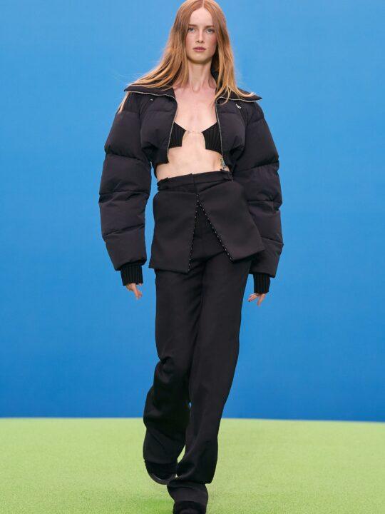 Φούστα & παντελόνι: Πώς να φορέσετε τον πιο updated συνδυασμό