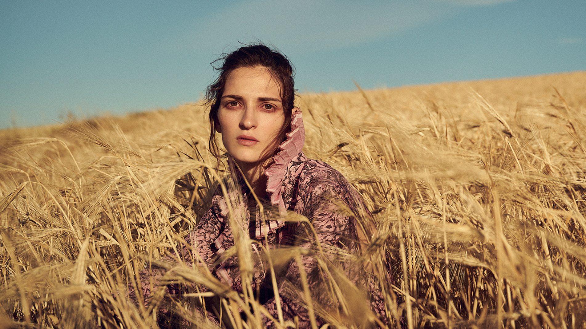 Photography: Thanassis Krikis, Portrait © Nikolas Kominis, Fashion Editor: Dada Ioannidou, Hair / MUA : Hara Papanicolaou, Shoes: Tsakiris Mallas for Deux Hommes
